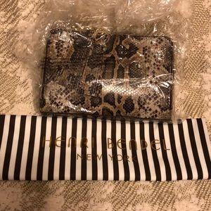 Henri Bendel Crossbody bag